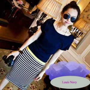 Louis Navy Bahan Rajut. All Size Fit to L @ Rp 40.000