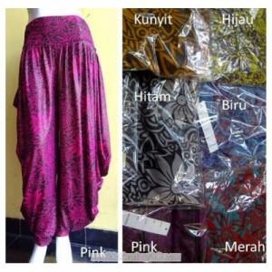Celana Aladin / Pari besar All size Bahan Spandex Rayon dan Jersey Motif dan Polos Rp 70.000
